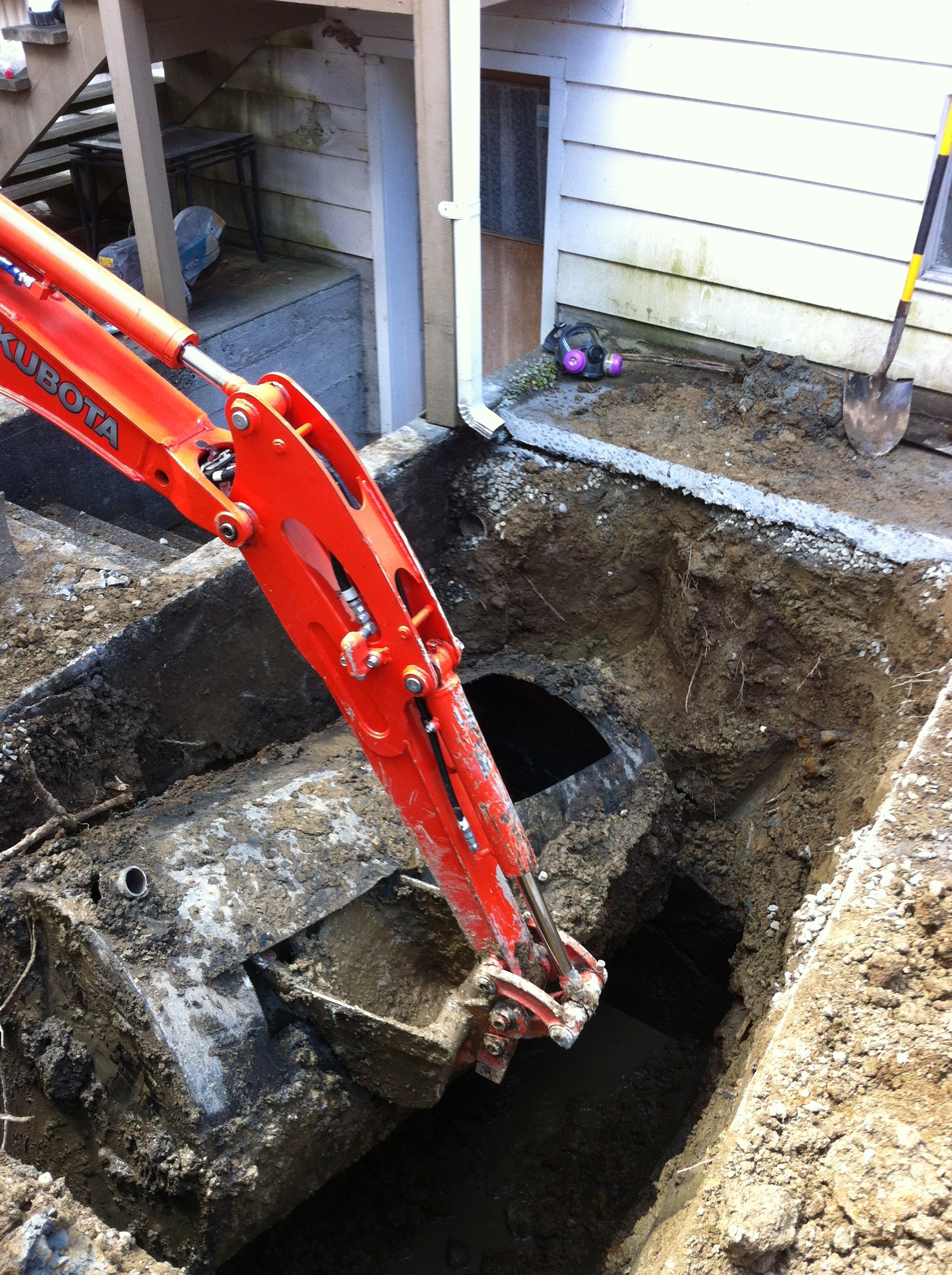 Oil Tank Removal By An Excavator Oil Tank Removal